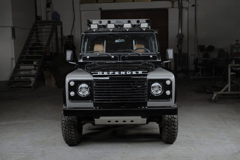 2A-004-Land-Rover-Defender-249690