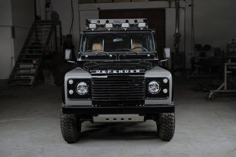 2A-004-Land-Rover-Defender-249690