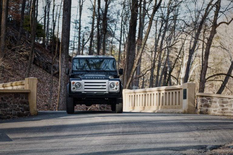 2A-010-Land-Rover-Defender-D90-703762