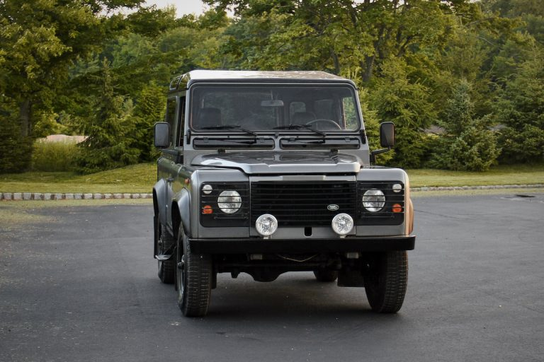 2A-011-Land-Rover-Defender-D90-393164